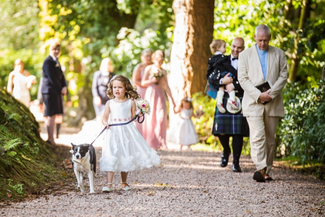 A candid wedding photograph taken at a Norwood wedding in Aberdeen by Jonathan Addie, an Aberdeen based wedding photographer