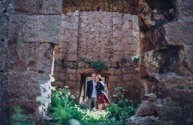 Stewart and Emma's Slains castle pre wedding photo shoot!