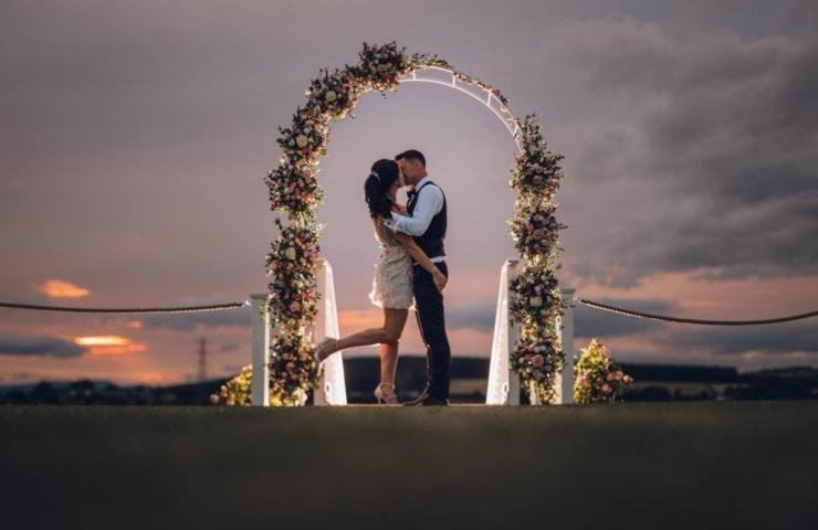 Lindsey And Andrews Wedding Blog Small 38