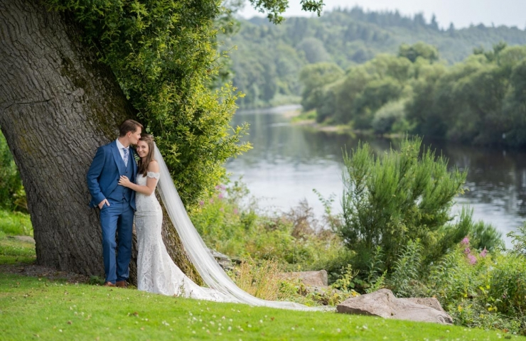 Kenneth and Kimberley's Maryculter wedding