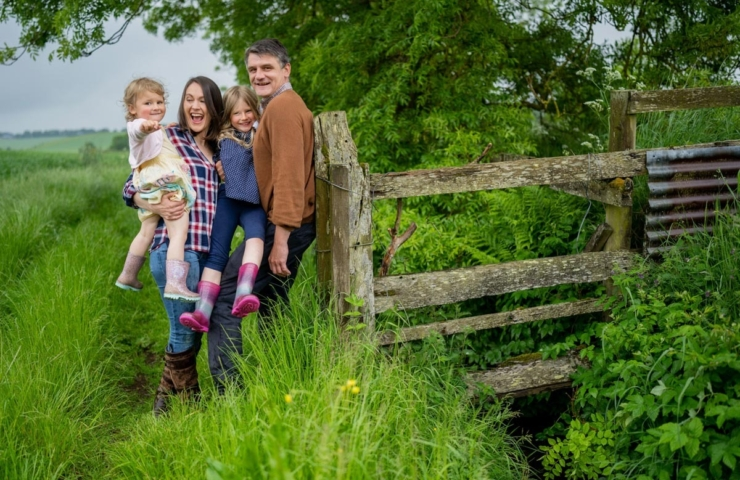 Scott and Esther's pre wedding family photo shoot!